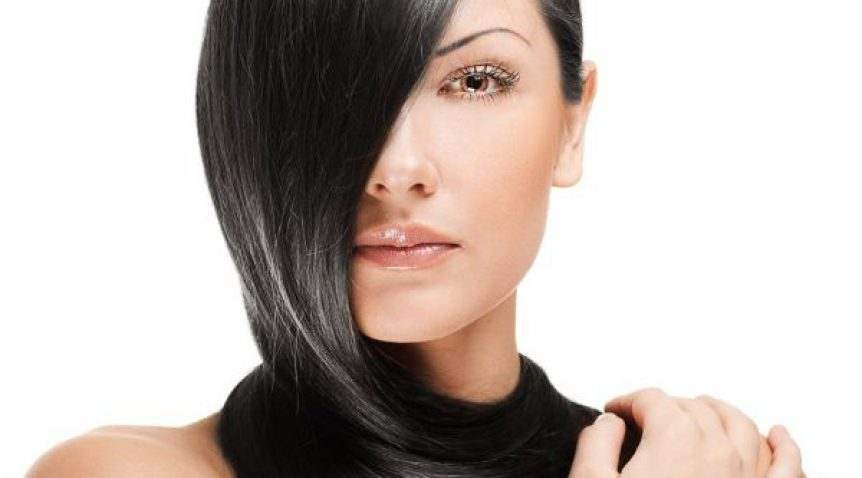 Haare glätten mit Extensions